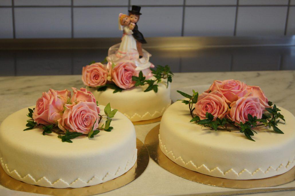 af5db2106ff1 Bröllopstårtor – vacker bröllopstårta till ditt bröllop